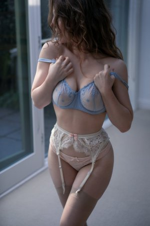 Meghanne erotic massage in New Freedom