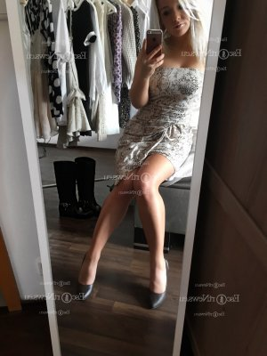 Armandine happy ending massage in Greer and call girl