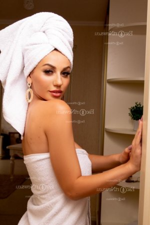 Anusha escort and nuru massage