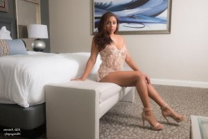Yviane nuru massage and live escort