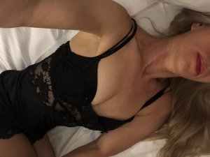 Marie-annik thai massage in Goshen & escort girls